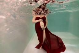 photographe grossesse en piscine aquatique Montpellier