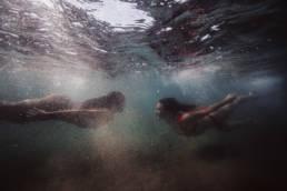 duo femmes sous l'eau, photographie aquatique