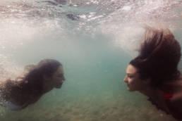 photo dans l'eau portrait en mer