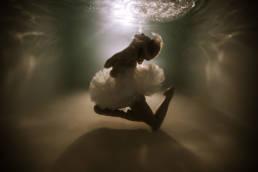 photographe aquatique, photo sous l'eau en piscine montpellier 34