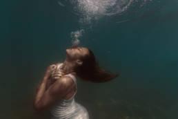 underwater en mer, photographe aquatique sous l'eau